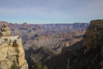 Illinois man dies during hike in Grand Canyon National Park
