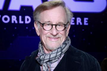 Steven Spielberg's Amblin Partners Signs Film Production Partnership With Netflix