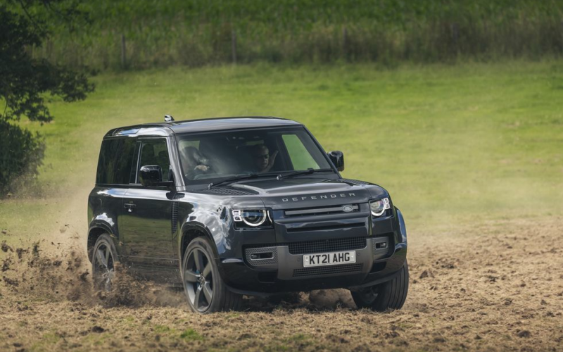 2022 Land Rover Defender V8: Gloriously Excessive