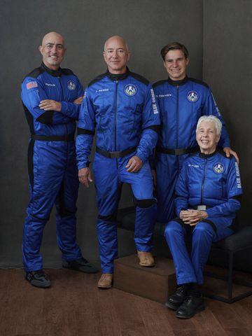 Jeff Bezos, Blue Origin set for historic space launch