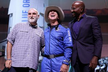 José Andrés Receives Surprise $100 Million Award from Jeff Bezos