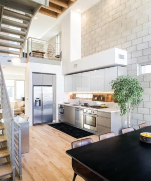 Los Angeles: New Studio City Townhouses Draw Digital Creators Thanks to Hybrid Zoning