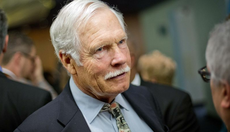 Ted Turner to give Nebraskan land to nonprofit but keep paying taxes