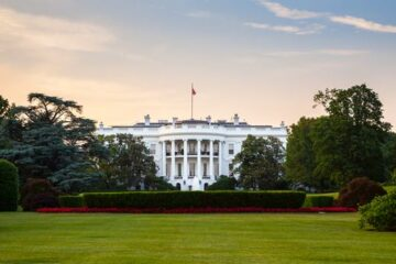 White House Reportedly Plans to Require COVID-19 Vaccine for Foreign Travelers
