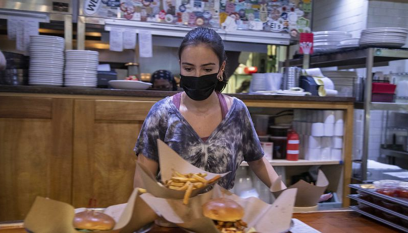 Atlanta: As diners return to restaurants, many workers stay away