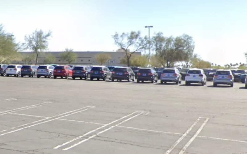 Mesa: Infant found in hot car at Mesa mall dies, becoming first Arizona hot-car death this year