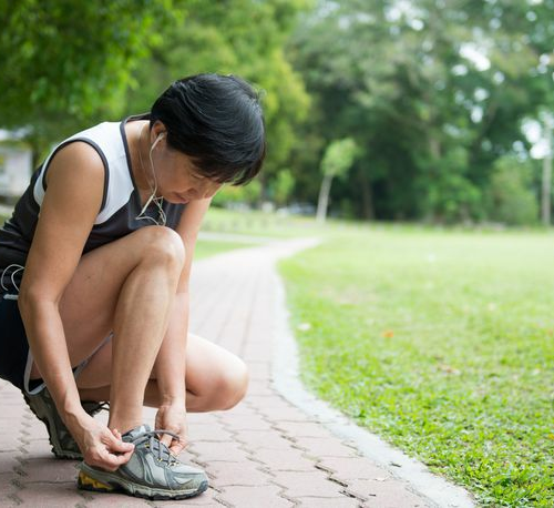 4 tips to help older runners minimize aches and pains, stay safe, and have fun