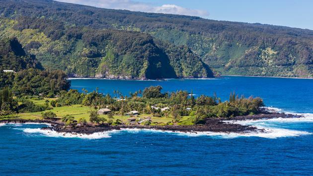 "Maui to Introduce 'Modified"" Health Pass"