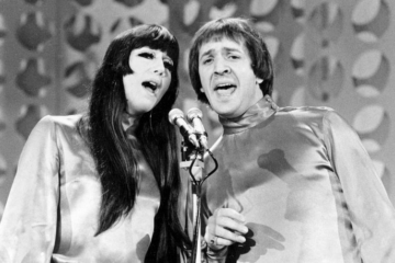 Los Angeles: Cher sues heirs of Sonny Bono over song and record revenue