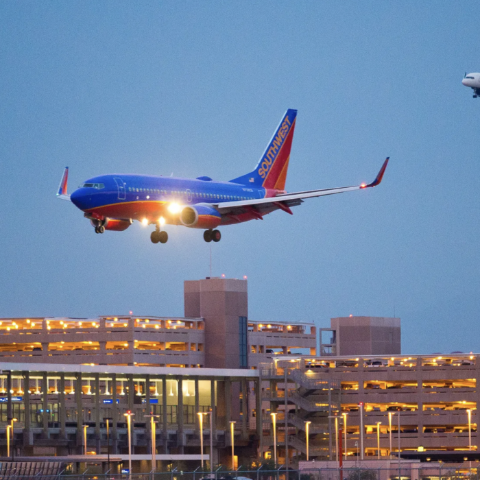 Phoenix: Use Sky Harbor airport to pay down Phoenix's pension debt? The idea might just fly