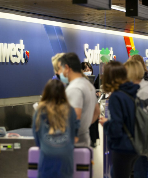 Southwest cancels and delays hundreds of flights nationwide. Here's what happened